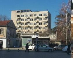 Напуштениот хотел Кристал  го прими првиот гостин
