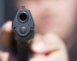 Сопружници на викендица во Шупли Камен ограбени под закана со пиштол