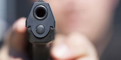 Приведен избеганиот затвореник кој вооружен ограбуваше и напаѓаше по Куманово