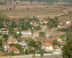 Во Агино Село вооружен крадец ограбил две лица