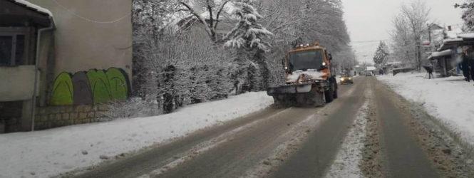 Интензивно се чисти снегот од улиците во Куманово