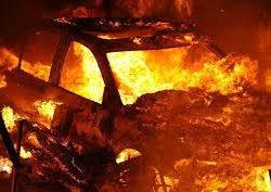 Автомобил изгоре во населба Карпош