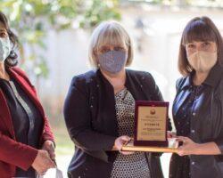 Штефица Ујчиќ од Куманово го доби признанието просветен работник на годината, строга но праведна професорка