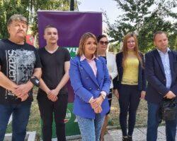 Нудиме конкретни решенија, а не шпекулативни проекти, порача кандидатката за градоначалничка Теодора Димитровска од коалицијата ЛДП и ДОМ