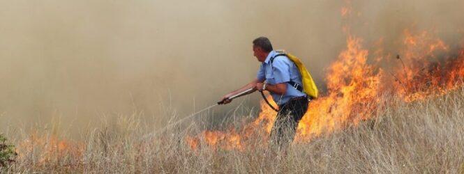 До полноќ биле изгаснати сите 11 пожари во Куманово и Липково